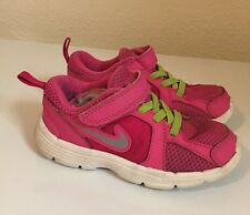 Cute Nike Toddler Girls Shoes 9 C