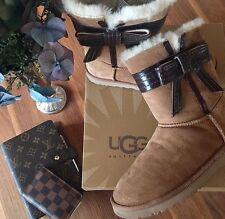 Ugg Boots Josette mit Schleife Gr. 37