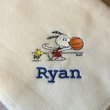 Personalized Embroidery Handmade Baby Fleece Blanket Snoopy Playing Basketball