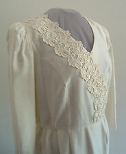 Women's Ivory & Lace Formal Church Wedding Special Event Dress Size 16