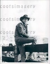 1962 Actor Warren Oates Wearing Cowboy Hat TV Show The Mob Riders Press Photo
