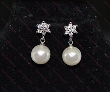 Beautiful 925 Argento Sterling Placcato Crystal & Perla Stud Orecchini Pendenti