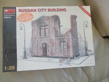 Russian City Building 1:35 Scale Model Kit Mini Art 35016
