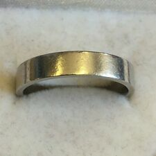Vintage Solid Platinum Hallmarked Wedding Band / Ring Plain 6.1g Size N1/2