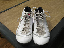 MEN'S ADIDAS BASKETBALL SHOES SIZE 6-GREAT SHAPE-TAKE A LOOK!