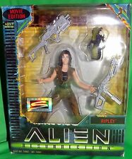 Alien Resurrection Signature Series Ripley Figure w/ Alien Hasbro NIB Movie Ed.