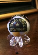 DALLAS POLICE DEPARTMENT ONE INCH GLASS MEMORIAL MARBLE W/STAND