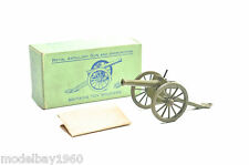 BRITAINS 1263 ROYAL ARTILLERY GUN AND AMMUNITION