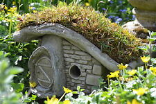 Fairy Garden-Garden Ornament-Fairy House-Pixie House-Turf Lodge with Step Stone