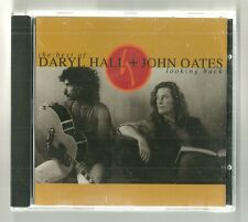 Daryl Hall & John Oates- 'Looking Back: The Best of Daryl Hall & John Oates'