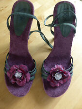 Look Dark Berry With Dark Moss Green Straps Size 7 Open Toe Strappy Shoes. New.