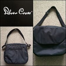 * SILVER CROSS 3D CHANGING BAG BLACK * NEEDS STITCHING * TIDY LOOKING BARGAIN!