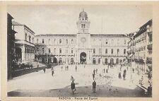 Italy Postcard - Padova - Piazza Del Signori    A641