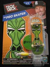 NEW! TECH DECK TD Pro Skater Neal Mims 2/6 Finger board Display Stand