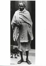 Postcard Mahatma Gandhi - Photo at #10 Downing Street. NEW, vintage post card