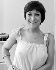 "Lynda Bellingham 10"" x 8"" Photograph no 2"