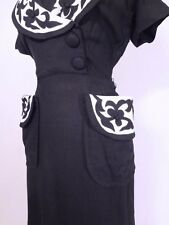 Vintage 1940s 40s Dramatic Silhouette Applique Chic Hourglass Swing Dress M