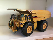 Caterpillar 793 C Muldenkipper von NZG 403 in 1:50