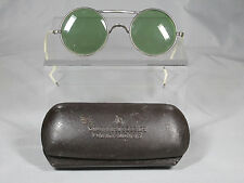 VINTAGE AMERICAN OPTICAL CO A.O. CO ROUND GREEN SAFETY GLASSES WITH METAL CASE