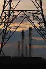 801053 electricidad Pylon y planta química A4 Foto Impresión