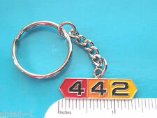 OLDSMOBILE  442  - key chain, keychain (center hanging) GIFT BOXED