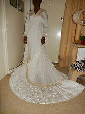 Wedding Gown with Train. Size 12 - Pre-loved