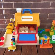 Vintage Fisher Price Little People School House Playground #2550 COMPLETE 1988