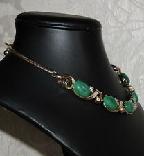 Girocollo tono oro, cabochon verde malachite, strass 1950s Trifari Necklace