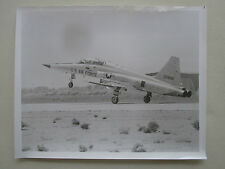 PHOTO PRESSE NORTHROP F-5F TIGER II TRAINER USAF EDWARDS AIR FORCE BASE