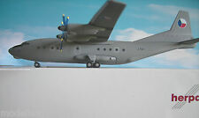 Herpa Wings 1:200  Antonov AN-12  Slovak Air Force 555302