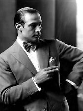 ART PRINT POSTER VINTAGE PHOTO PORTRAIT RUDOLPH VALENTINO SMOKING COOL NOFL0472