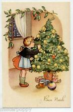 Bambina Bambola Albero Buon Natale Lovely Girl w Doll Tree Xmas PC Circa 1930