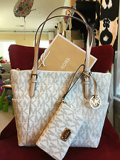 NWT MICHAEL KORS PVC JET SET EW TOP ZIP TOTE BAG + MF WRISTLET/WALLET IN VANILLA