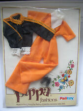 PALITOY PIPPA/DAWN DOLL ORIGINAL HTF NRFP OUTFIT IN  MINT CONDITION