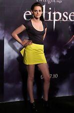 Kristen Stewart Unsigned 8x12 Photo (91)