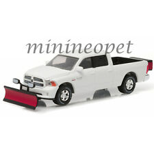 GREENLIGHT 29863 2015 DODGE RAM PICK UP TRUCK SNOW PLOW & SALT SPREADER 1/64 W