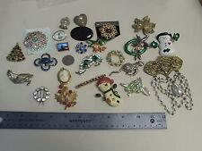Estate Sale Vintage Lot Of 25 Broochs, estate liquidation no damage
