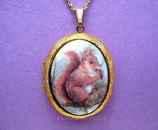 Pretty Porcelain SQUIRREL in Tree CAMEO Costume Jewelry Locket Pendant Necklace