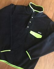 NWT Patagonia Mens Synchilla Snap-T Pullover Fleece Black Peppergrass Green Sz M