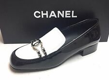 Chanel 16A Patent White Black CC Logo Chain Loafers Moccasins Flat Shoes 38.5