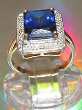 SECONDHAND 9ct YELLOW GOLD CREATED BLUE SAPPHIRE AND DIAMOND RING SIZE M