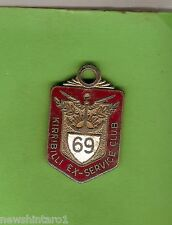 #D202. KIRRIBILLI EX-SERVICE  CLUB  MEMBER BADGE 1969 #9