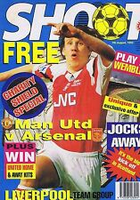 MAN UTD V ARSENAL / LIVERPOOL TEAM / PETER BEARDSLEY Shoot 7 Aug 1993