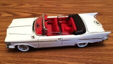 1961 Chrysler Imperial Crown White Convertible 1/18 Diecast from Fairfield Mint