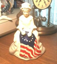Avon Betsy Ross Figurine collectible bottle full sonnet cologne 1976 America USA