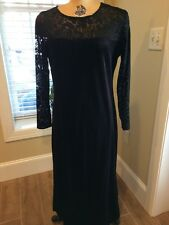 Diane Von Furstenberg The Color Authority Black Velevt Dress* Size Medium