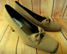 Sam & Libby Muted Gold Satin Fabric Square Heel & Toe Bow Front Pumps Heels 8.5M