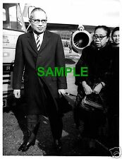 ORIGINAL 1967 PRESS PHOTO - UNITED NATIONS SECRETARY GENERAL U THANT WITH WIFE