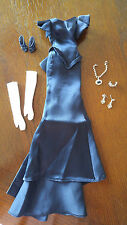 BARBIE DEEP BLUE GOWN - 'THE HOPE DIAMOND' - NECKLACE & WHITE GLOVES - BEAUTIFUL