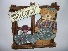WELCOME ` WALL OR DOOR HANGING  / HOME DECOR~~ TEDDY BEAR / HEARTS / BRANCHES